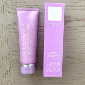 🆕 Kate Somerville Delikate Soothing Cleanser
